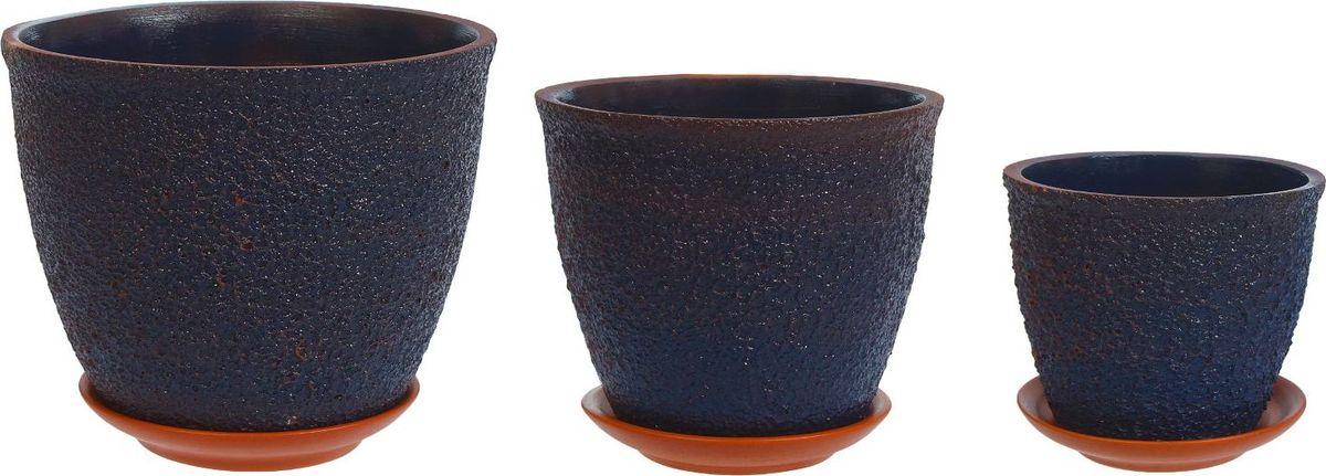 Набор кашпо Премьера. Букле, цвет: синий, 3 предмета1039832Комнатные растения — всеобщие любимцы. Они радуют глаз, насыщают помещение кислородом и украшают пространство. Каждому из них необходим свой удобный и красивый дом. Кашпо из керамики прекрасно подходят для высадки растений: за счёт пластичности глины и разных способов обработки существует великое множество форм и дизайновпористый материал позволяет испаряться лишней влагевоздух, необходимый для дыхания корней, проникает сквозь керамические стенки! #name# позаботится о зелёном питомце, освежит интерьер и подчеркнёт его стиль.