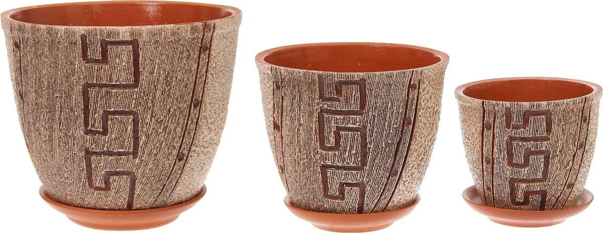 Набор кашпо Премьера. Лабиринт, 3 предмета1039847Комнатные растения — всеобщие любимцы. Они радуют глаз, насыщают помещение кислородом и украшают пространство. Каждому из них необходим свой удобный и красивый дом. Кашпо из керамики прекрасно подходят для высадки растений: за счёт пластичности глины и разных способов обработки существует великое множество форм и дизайновпористый материал позволяет испаряться лишней влагевоздух, необходимый для дыхания корней, проникает сквозь керамические стенки! #name# позаботится о зелёном питомце, освежит интерьер и подчеркнёт его стиль.