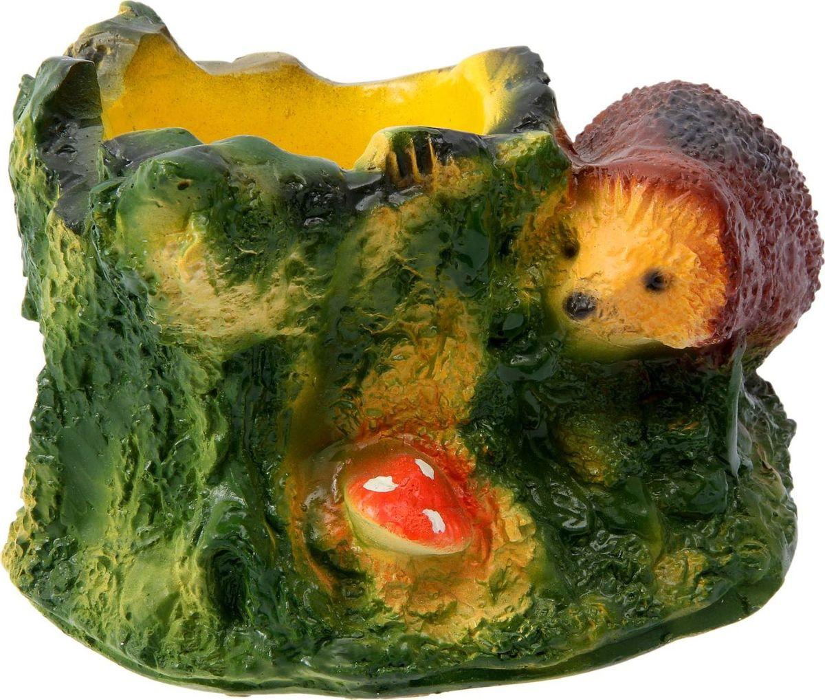 Кашпо Ежик с пнем, 16 х 24 х 14 см1091906Комнатные растения — всеобщие любимцы. Они радуют глаз, насыщают помещение кислородом и украшают пространство. Каждому из растений необходим свой удобный и красивый дом. Поселите зелёного питомца в яркое и оригинальное фигурное кашпо. Выберите подходящую форму для детской, спальни, гостиной, балкона, офиса или террасы. #name# позаботится о растении, украсит окружающее пространство и подчеркнёт его оригинальный стиль.
