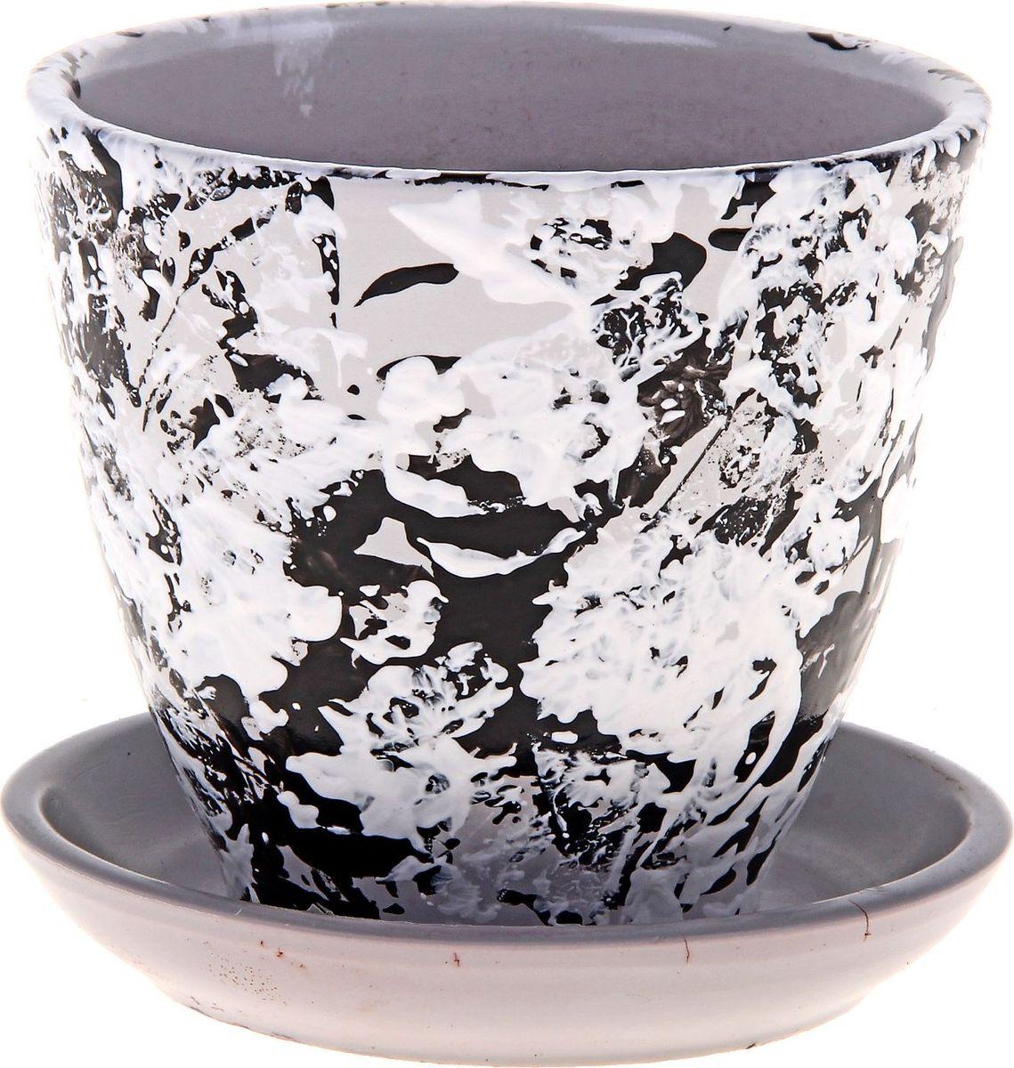 """Декоративное кашпо """"Мрамор"""", выполненное из высококачественной керамики, предназначено для посадки декоративных растений и станет прекрасным украшением для дома. Благодаря своему дизайну впишется в любой интерьер помещения."""