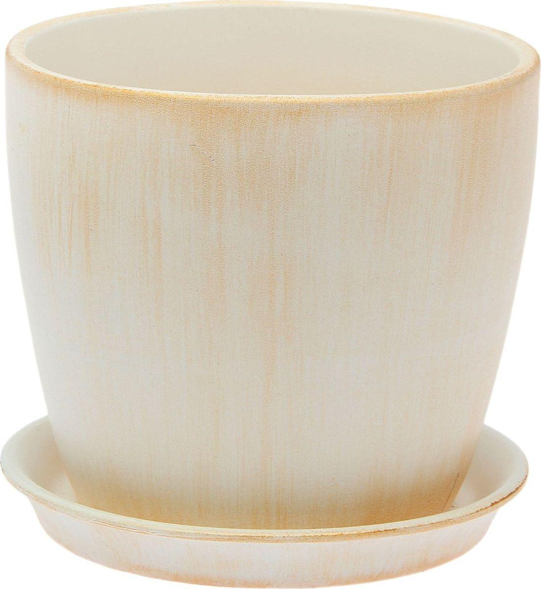 Кашпо Керамика ручной работы Осень. Патина, цвет: золотистый, 2 л2026658Комнатные растения — всеобщие любимцы. Они радуют глаз, насыщают помещение кислородом и украшают пространство. Каждому из них необходим свой удобный и красивый дом. Кашпо из керамики прекрасно подходят для высадки растений: за счёт пластичности глины и разных способов обработки существует великое множество форм и дизайновпористый материал позволяет испаряться лишней влагевоздух, необходимый для дыхания корней, проникает сквозь керамические стенки! #name# позаботится о зелёном питомце, освежит интерьер и подчеркнёт его стиль.