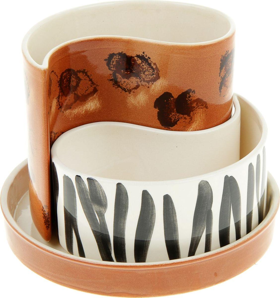 Набор кашпо Керамика ручной работы Капля. Зебра, цвет: коричневый, 2 предмета835595Комнатные растения — всеобщие любимцы. Они радуют глаз, насыщают помещение кислородом и украшают пространство. Каждому из них необходим свой удобный и красивый дом. Кашпо из керамики прекрасно подходят для высадки растений: за счёт пластичности глины и разных способов обработки существует великое множество форм и дизайновпористый материал позволяет испаряться лишней влагевоздух, необходимый для дыхания корней, проникает сквозь керамические стенки! #name# позаботится о зелёном питомце, освежит интерьер и подчеркнёт его стиль.