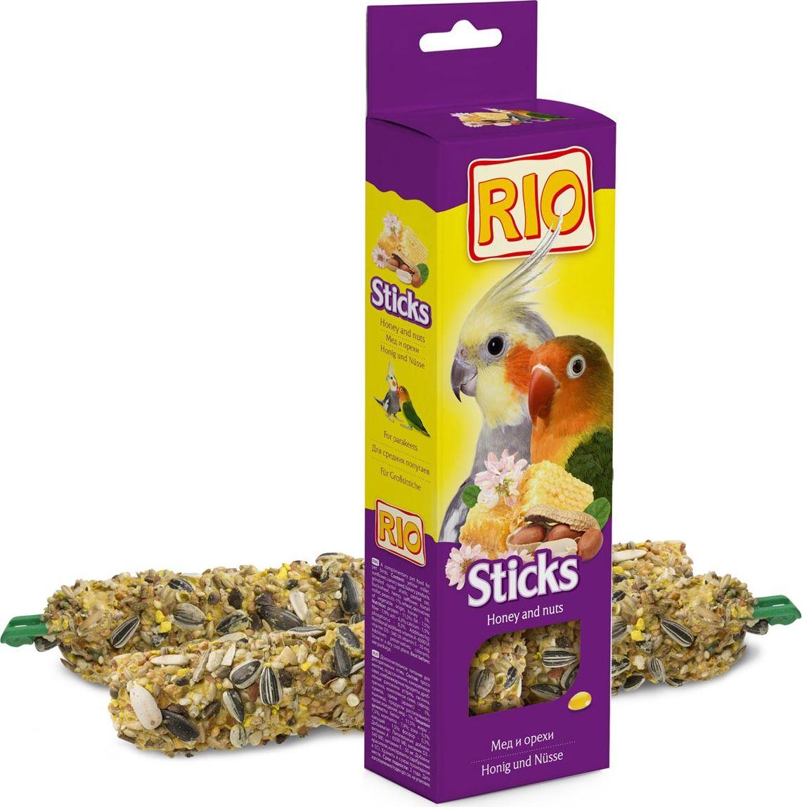Лакомство для средних попугаев RIO Sticks, с медом и орехами, 2 х 75 г лакомство для средних попугаев веселый попугай две палочки с орехами 35 г 2 шт