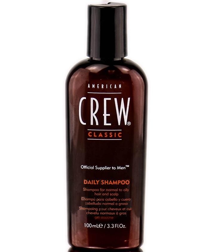 American Crew Classic Daily Shampoo Шампунь для ежедневного ухода, 100 мл7240514000Предназначенный для ежедневного ухода шампунь American Crew Classic Daily Shampoo включает в себя огромное количество полезных компонентов. Кора мыльного дерева очищает кожу головы и волосы, не влияя при этом на их структуру. Экстракты тимьяна и розмарина придают необходимое увлажнение, а блеск и силу волосам дадут протеины пшеницы. Данное средство рекомендуется для обогащения и очищения жирных и нормальных волос.