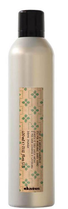 Davines More Inside Extra Strong Hair-spray its for Mmaximum Hold Лак экстра сильной фиксации для экстремальной стойкости укладки, 400 мл87058Моделирующая помада Davines помогает придавать волосам текстуру без утяжеления. Средство незаметно на волосах, позволяет менять форму укладки, запоминая созданные очертания. Особая формула обеспечивает наполнение влагой и позволяет налету оставаться на волосах. Благодаря постепенному высвобождению действующих компонентов эффект поддерживается долгое время. Способ применения: Помада Давинес рекомендована для коротких волос. Для получения волнистой текстуры наносите на влажные волосы, для четких очертаний – на сухие.Объем: 400 мл