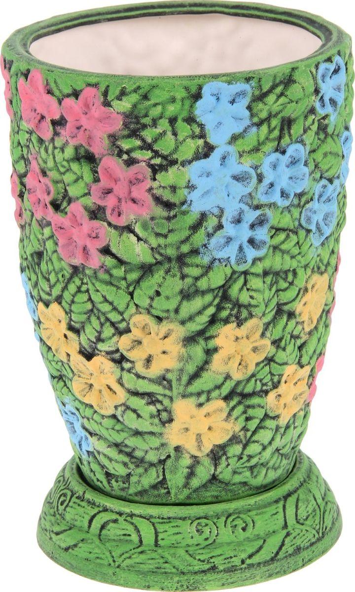 Кашпо Керамика ручной работы Фиалка, 5 л. 11305921130592Комнатные растения — всеобщие любимцы. Они радуют глаз, насыщают помещение кислородом и украшают пространство. Каждому из них необходим свой удобный и красивый дом. Кашпо из керамики прекрасно подходят для высадки растений: за счёт пластичности глины и разных способов обработки существует великое множество форм и дизайновпористый материал позволяет испаряться лишней влагевоздух, необходимый для дыхания корней, проникает сквозь керамические стенки! #name# позаботится о зелёном питомце, освежит интерьер и подчеркнёт его стиль.