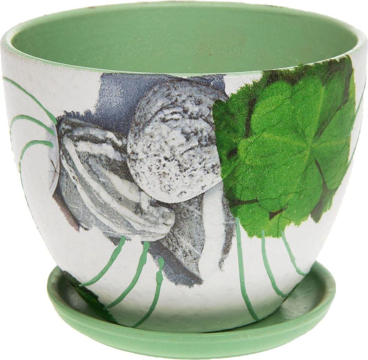 Кашпо Эко стиль, 1,1 л1138742Комнатные растения — всеобщие любимцы. Они радуют глаз, насыщают помещение кислородом и украшают пространство. Каждому из них необходим свой удобный и красивый дом. Кашпо из керамики прекрасно подходят для высадки растений: за счёт пластичности глины и разных способов обработки существует великое множество форм и дизайновпористый материал позволяет испаряться лишней влагевоздух, необходимый для дыхания корней, проникает сквозь керамические стенки! #name# позаботится о зелёном питомце, освежит интерьер и подчеркнёт его стиль.
