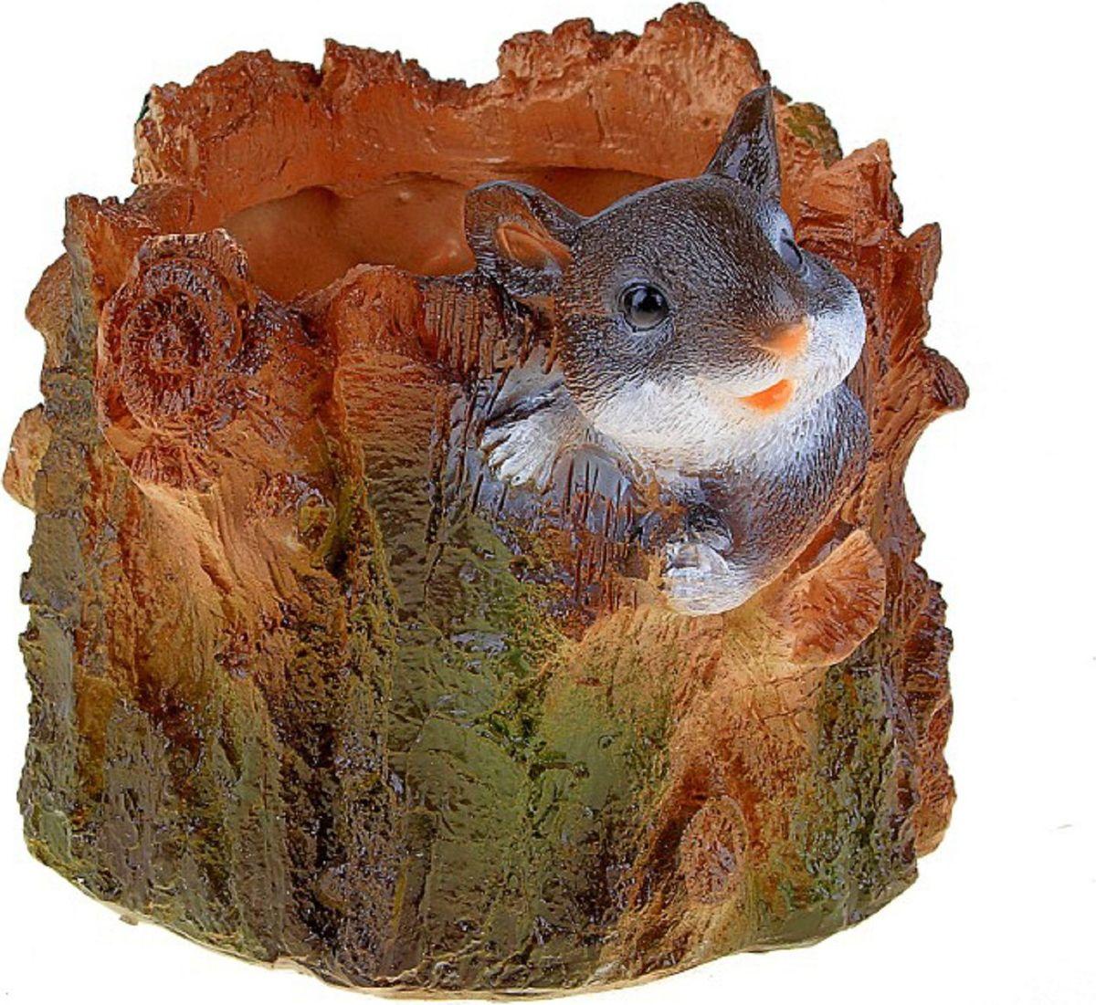 Кашпо Мышка, 15 х 18 х 18 см493136Кашпо Мышка выполнено из гипса. Каждому из растений необходим свой удобный и красивый дом. Поселите зелёного питомца в яркое и оригинальное фигурное кашпо. Выберите подходящую форму для детской, спальни, гостиной, балкона, офиса или террасы. Кашпо Мышка позаботится о растении, украсит окружающее пространство и подчеркнёт его оригинальный стиль.