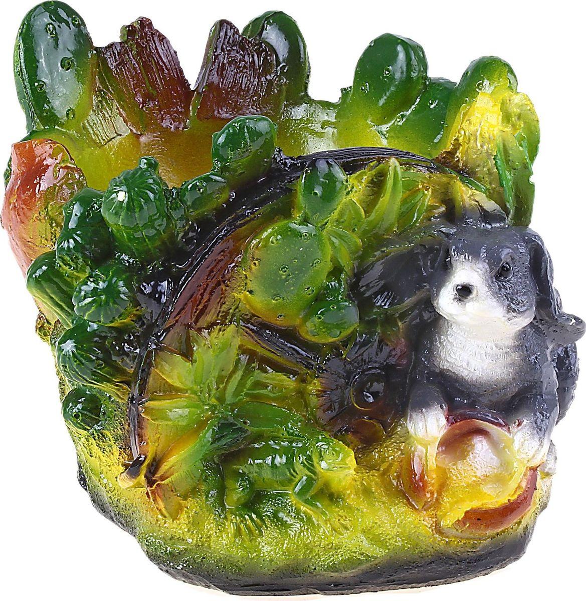 Кашпо Зайчик, 15 х 13 х 11 см644539Комнатные растения — всеобщие любимцы. Они радуют глаз, насыщают помещение кислородом и украшают пространство. Каждому из растений необходим свой удобный и красивый дом. Поселите зеленого питомца в яркое и оригинальное фигурное кашпо Зайчик, выполненное из гипса. Выберите подходящую форму для детской, спальни, гостиной, балкона, офиса или террасы. Кашпо Зайчик позаботится о растении, украсит окружающее пространство и подчеркнет его оригинальный стиль.