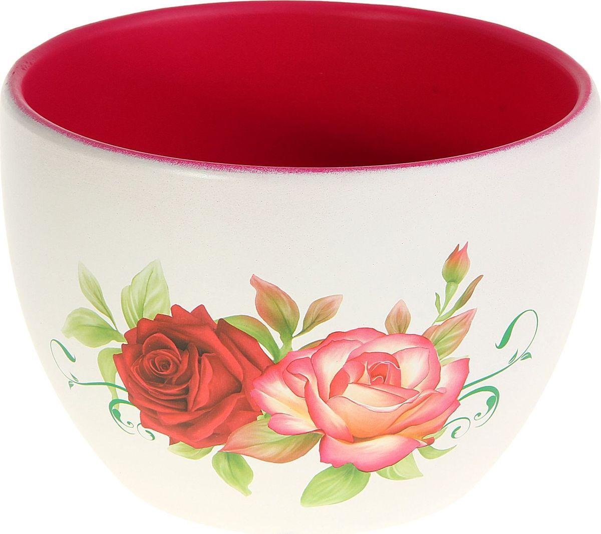 Кашпо Розы в саду, 11 х 17 х 13 см829785Комнатные растения — всеобщие любимцы. Они радуют глаз, насыщают помещение кислородом и украшают пространство. Каждому из них необходим свой удобный и красивый дом. Кашпо из керамики прекрасно подходят для высадки растений: за счёт пластичности глины и разных способов обработки существует великое множество форм и дизайновпористый материал позволяет испаряться лишней влагевоздух, необходимый для дыхания корней, проникает сквозь керамические стенки! #name# позаботится о зелёном питомце, освежит интерьер и подчеркнёт его стиль.