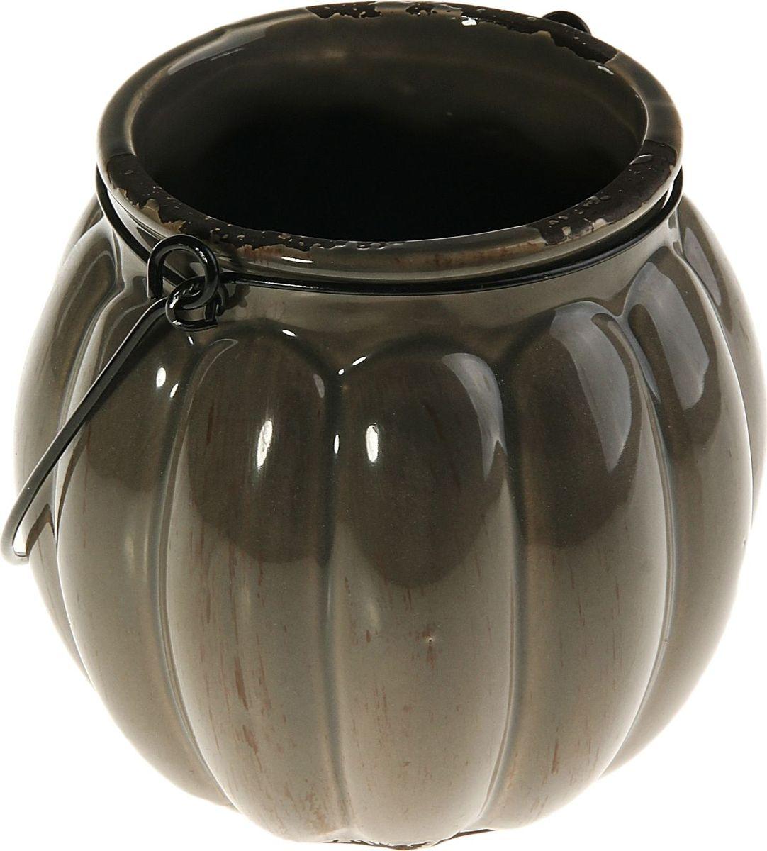 Кашпо Дынька, 1-2 л829880Комнатные растения — всеобщие любимцы. Они радуют глаз, насыщают помещение кислородом и украшают пространство. Каждому из них необходим свой удобный и красивый дом. Кашпо из керамики прекрасно подходят для высадки растений: за счёт пластичности глины и разных способов обработки существует великое множество форм и дизайновпористый материал позволяет испаряться лишней влагевоздух, необходимый для дыхания корней, проникает сквозь керамические стенки! #name# позаботится о зелёном питомце, освежит интерьер и подчеркнёт его стиль.