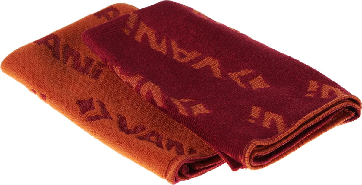 Салфетка универсальная VANI Жаккард, цвет: бордовый, оранжевый, 30 х 30 см, 2 штV 0217_бордовый, оранжевыйСалфетка универсальная VANI Жаккард выполнена из микрофибры с жаккардовым плетением, которое делает ткань значительно прочнее и долговечнее. Микрофибра обладает уникальными свойствами: нить, которая в десятки раз тоньше нити обычной ткани, имеет миллионы клинообразных волокон, способных собирать мельчайшие частицы пыли. Ткань из микрофибры имеет эффект губки и впитывает гораздо больше воды, чем обычная ткань. Такая салфетка идеальна для ежедневной легкой уборки. Ее можно использовать как во влажном, так и в сухом виде. Салфетка износостойкая, не оставляет разводы. Имея внутренний статический заряд, салфетка притягивает и удерживает микроскопическую пыль, оставляя поверхность идеально чистой.