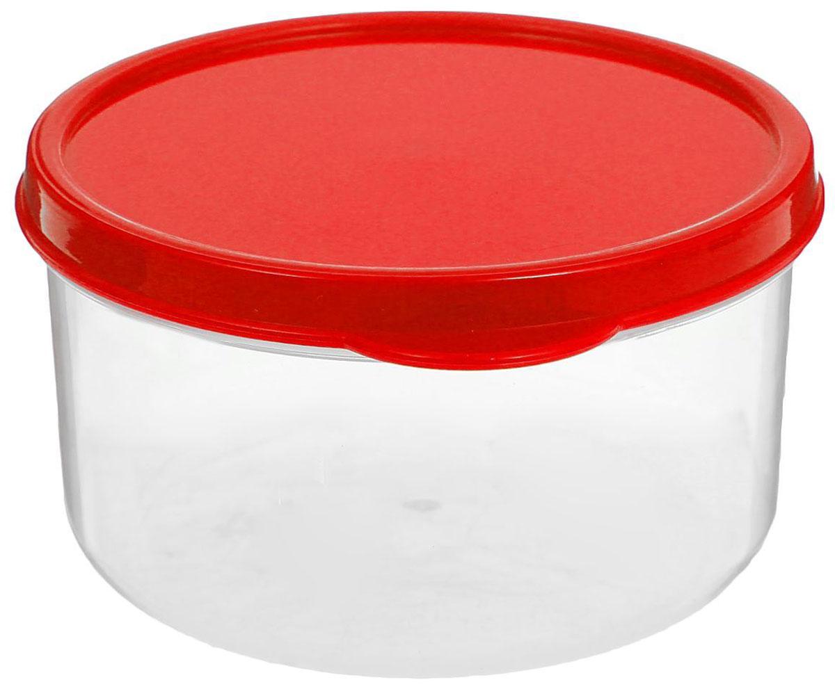 Контейнер пищевой Доляна, круглый, цвет: красный, 300 мл1333808Если после вкусного обеда осталась еда, а насладиться трапезой хочется и на следующий день, ланч-бокс станет отличным решением данной проблемы!Такой контейнер является незаменимым предметом кухонной утвари, ведь у него много преимуществ:Простота ухода. Ланч-бокс достаточно промыть тёплой водой с небольшим количеством чистящего средства, и он снова готов к использованию.Вместительность. Большой выбор форм и объёма поможет разместить разнообразные продукты от сахара до супов.Эргономичность. Ланч-боксы очень легко хранить даже в самой маленькой кухне, так как их можно поставить один в другой по принципу матрёшки.Многофункциональность. Разнообразие цветов и форм делает возможным использование контейнеров не только на кухне, но и в других областях домашнего быта.Любители приготовления обеда на всю семью в большинстве случаев приобретают ланч-боксы наборами, так как это позволяет рассортировать продукты по всевозможным признакам. К тому же контейнеры среднего размера станут незаменимыми помощниками на работе: ведь что может быть приятнее, чем порадовать себя во время обеда прекрасной едой, заботливо сохранённой в контейнере?В качестве материала для изготовления используется пластик, что делает процесс ухода за контейнером ещё более эффективным. К каждому ланч-боксу в комплекте также прилагается крышка подходящего размера, это позволяет плотно и надёжно удерживать запах еды и упрощает процесс транспортировки.Однако рекомендуется соблюдать и меры предосторожности: не использовать пластиковые контейнеры в духовых шкафах и на открытом огне, а также не разогревать в микроволновых печах при закрытой крышке ланч-бокса. Соблюдение мер безопасности позволит продлить срок эксплуатации и сохранить отличный внешний вид изделия.Эргономичный дизайн и многофункциональность таких контейнеров — вот, что является причиной большой популярности данного предмета у каждой хозяйки. А в преддверии лета и дачного сезона такое приобрет