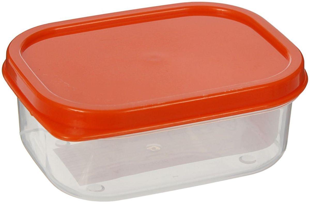 Контейнер пищевой Доляна, цвет: оранжевый, 150 мл1333838Если после вкусного обеда осталась еда, а насладиться трапезой хочется и на следующий день, ланч-бокс станет отличным решением данной проблемы!Такой контейнер является незаменимым предметом кухонной утвари, ведь у него много преимуществ:Простота ухода. Ланч-бокс достаточно промыть тёплой водой с небольшим количеством чистящего средства, и он снова готов к использованию.Вместительность. Большой выбор форм и объёма поможет разместить разнообразные продукты от сахара до супов.Эргономичность. Ланч-боксы очень легко хранить даже в самой маленькой кухне, так как их можно поставить один в другой по принципу матрёшки.Многофункциональность. Разнообразие цветов и форм делает возможным использование контейнеров не только на кухне, но и в других областях домашнего быта.Любители приготовления обеда на всю семью в большинстве случаев приобретают ланч-боксы наборами, так как это позволяет рассортировать продукты по всевозможным признакам. К тому же контейнеры среднего размера станут незаменимыми помощниками на работе: ведь что может быть приятнее, чем порадовать себя во время обеда прекрасной едой, заботливо сохранённой в контейнере?В качестве материала для изготовления используется пластик, что делает процесс ухода за контейнером ещё более эффективным. К каждому ланч-боксу в комплекте также прилагается крышка подходящего размера, это позволяет плотно и надёжно удерживать запах еды и упрощает процесс транспортировки.Однако рекомендуется соблюдать и меры предосторожности: не использовать пластиковые контейнеры в духовых шкафах и на открытом огне, а также не разогревать в микроволновых печах при закрытой крышке ланч-бокса. Соблюдение мер безопасности позволит продлить срок эксплуатации и сохранить отличный внешний вид изделия.Эргономичный дизайн и многофункциональность таких контейнеров — вот, что является причиной большой популярности данного предмета у каждой хозяйки. А в преддверии лета и дачного сезона такое приобретение по