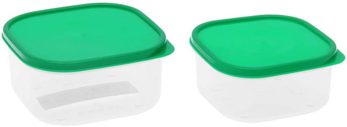 Набор пищевых контейнеров Доляна, цвет: зеленый, 2 шт1333876Если после вкусного обеда осталась еда, а насладиться трапезой хочется и на следующий день, ланч-бокс станет отличным решением данной проблемы!Такой контейнер является незаменимым предметом кухонной утвари, ведь у него много преимуществ:Простота ухода. Ланч-бокс достаточно промыть тёплой водой с небольшим количеством чистящего средства, и он снова готов к использованию.Вместительность. Большой выбор форм и объёма поможет разместить разнообразные продукты от сахара до супов.Эргономичность. Ланч-боксы очень легко хранить даже в самой маленькой кухне, так как их можно поставить один в другой по принципу матрёшки.Многофункциональность. Разнообразие цветов и форм делает возможным использование контейнеров не только на кухне, но и в других областях домашнего быта.Любители приготовления обеда на всю семью в большинстве случаев приобретают ланч-боксы наборами, так как это позволяет рассортировать продукты по всевозможным признакам. К тому же контейнеры среднего размера станут незаменимыми помощниками на работе: ведь что может быть приятнее, чем порадовать себя во время обеда прекрасной едой, заботливо сохранённой в контейнере?В качестве материала для изготовления используется пластик, что делает процесс ухода за контейнером ещё более эффективным. К каждому ланч-боксу в комплекте также прилагается крышка подходящего размера, это позволяет плотно и надёжно удерживать запах еды и упрощает процесс транспортировки.Однако рекомендуется соблюдать и меры предосторожности: не использовать пластиковые контейнеры в духовых шкафах и на открытом огне, а также не разогревать в микроволновых печах при закрытой крышке ланч-бокса. Соблюдение мер безопасности позволит продлить срок эксплуатации и сохранить отличный внешний вид изделия.Эргономичный дизайн и многофункциональность таких контейнеров — вот, что является причиной большой популярности данного предмета у каждой хозяйки. А в преддверии лета и дачного сезона такое приобретени