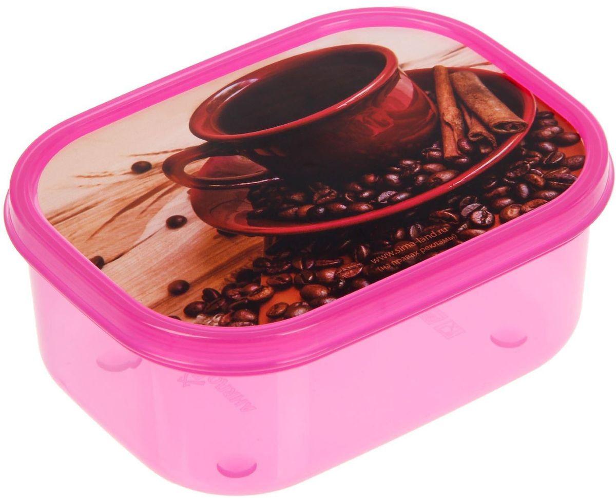 Ланч-бокс Доляна Кофе, прямоугольный, 500 мл1699873Ланч-бокс Доляна изготовлен из прочного пищевого пластика. В комплекте прилагается крышка подходящего размера, которая плотно и надежно закрывается и упрощает процесс транспортировки.Такой контейнер является незаменимым предметом кухонной утвари, ведь у него много преимуществ:Простота ухода. Ланч-бокс достаточно промыть теплой водой с небольшим количеством чистящего средства.Вместительность. Изделие позволяет разместить разнообразные продукты от сахара до супов.Эргономичность. Ланч-боксы очень легко хранить даже в самой маленькой кухне, так как их можно поставить один в другой по принципу матрешки.Многофункциональность. Он пригодится, если после вкусного обеда осталась еда, а насладиться трапезой хочется и на следующий день. Можно использовать не только на кухне, но и для хранения различных бытовых предметов, а также брать с собой еду на работу или учебу.Не использовать пластиковые контейнеры в духовых шкафах и на открытом огне, а также не разогревать в микроволновых печах при закрытой крышке ланч-бокса.