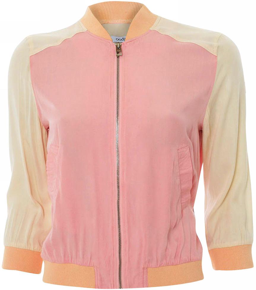 Куртка женская oodji Ultra, цвет: розовый, светло-розовый. 10303025-1/27379/4140B. Размер 36 (42-170)10303025-1/27379/4140BЖенская куртка от oodji с рукавами 3/4 выполнена из вискозы. Модель застегивается на молнию. Куртка дополнена текстильной резинкой на воротнике, манжетах и на нижней части.