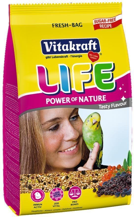 Корм для волнистых попугаев Vitakraft Life, 800 г21451Комбинированная смесь отборного проса и ягод. Содержит бета-глюкан для поддержания здоровья иммунной системы, все жизненно важные витамины и минералы. Оптимальное соотношение кальция и фосфора поддерживает здоровье костей. Состав: хлебные злаки, семена, минералы, фрукты, листья эвкалипта, сахар, производные растительного происхождения, мед, яйцо и яичные производные, масла и жиры. Товар сертифицирован.