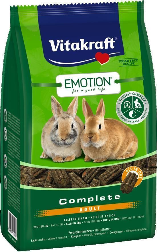 Корм Vitakraft Complete, для взрослых кроликов, 800 г33771Корм для взрослых кроликов Vitakraft Complete содержит все необходимые питательные вещества в каждой грануле, тем самым исключая выборочное поедание. Содержит уникальный Tri-Vita-Complex: пребиотик инулин для здоровья кишечной микрофлоры, правильный баланс аминокислот, увеличивающих пищевую ценность продукта и ДГК (докозагексаеновая кислота) - наиболее ценная ПНЖК класса Омега-3, важна для функции сердца, мозга и иммунной системы. Специальные компоненты препятствуют возникновению неприятного запаха. Пониженный уровень кальция предотвращает мочекаменную болезнь.Состав: продукты растительного происхождения (тимофеевка луговая 17%, цикорий 5%), злаки, овощи, инулин 2%, минералы, водоросли, экстракт юкки, дрожжи.Анализ состава: 21% клетчатка, 0,6% кальций, 0,06% ДГК.Пищевые добавки на 1 кг: DL-метионин 1534,5 мг, витамин А 20000 МЕ, витамин Д3 900 МЕ, селен 0,25 мг, железо 48,05 мг, йод 0,95 мг, медь 12,56 мг, марганец 37,67 мг, цинк 78,73 мг.Товар сертифицирован.