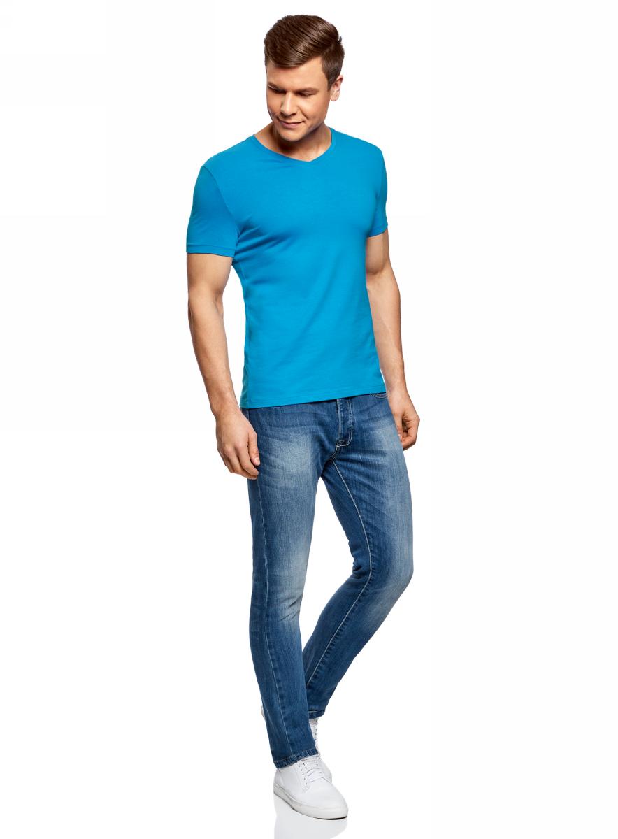 Футболка мужская oodji Basic, цвет: ярко-голубой. 5B612002M/46737N/7501N. Размер XS (44)5B612002M/46737N/7501NБазовая футболка с V-образным вырезом горловины и короткими рукавами выполнена из эластичного хлопка.
