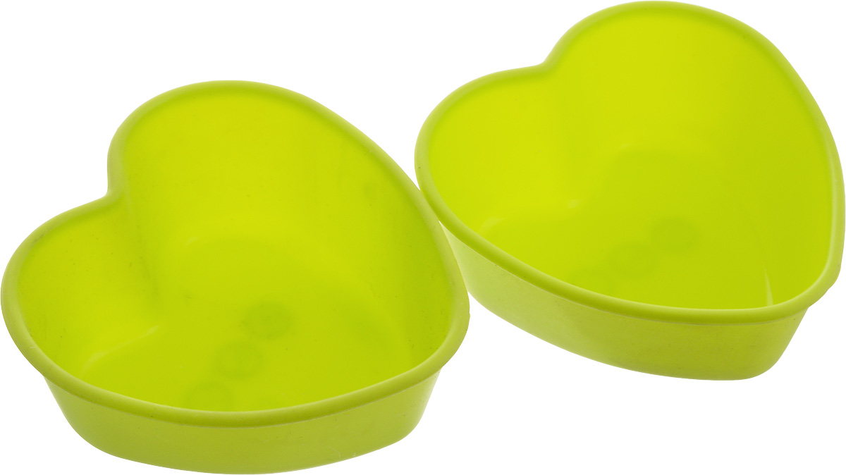 Набор силиконовых форм для выпечки Oursson. Сердца, 2 штBW0855SS_сердцаНабор Oursson состоит из двух форм, выполненных из силикона. Изделия предназначены для выпечки и заморозки. Формочки выполнены в виде сердечек.Силиконовые формы для выпечки имеют множество преимуществ по сравнению с традиционными металлическими формами и противнями. Они идеально подходят для использования в микроволновых, газовых и электрических печах при температурах до +220°С. В случае заморозки до -20°С. Благодаря гибкости и антипригарным свойствам силикона, готовое изделие легко извлекается из формы. Силикон абсолютно безвреден для здоровья, не впитывает запахи, не оставляет пятен, легко моется. С набором Oursson вы всегда сможете порадовать своих близких оригинальной выпечкой.Размер формы: 7,5 х 7,5 х 3 см. Уважаемые клиенты! Обращаем ваше внимание на то, что товар в цветовом ассортименте. Отдельные детали товара могут отличаться от тех, что представлены на фото.