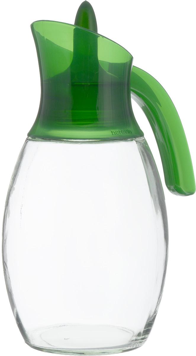 Кувшин Herevin, цвет: зеленый, прозрачный, 1,6 л. 111388-000111388-000Кувшин Herevin, выполненный из высококачественного прочного стекла, элегантно украсит ваш стол. Кувшин оснащен удобной пластиковой ручкой и оригинальной поворотной крышкой. Форма носика обеспечивает наливание жидкости без расплескивания. Пластиковый верх легко откручивается, что позволяет без труда наполнить емкость. Изделие прекрасно подойдет для подачи воды, сока, компота и других напитков. Диаметр (по верхнему краю): 8 см.Высота кувшина: 27 см.