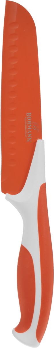 Нож сантоку Bohmann, цвет: оранжевый, белый, длина лезвия 15 см5219BH_оранжевый, белыйНож сантоку Bohmann имеет лезвие из высококачественной нержавеющей стали. Специальное покрытие Non-stick предотвращает прилипание продуктов и делает нарезку более эффективной и быстрой. Лезвие устойчиво к царапинам, не ржавеет и не оставляет запаха металла на еде. Цветное покрытие не выгорает и не шелушится в повседневном использовании. Рукоятка ножа выполнена из пластика и снабжена прорезиненными вставками для надежного хвата и комфортной резки. Длина ножа: 27,5 см.