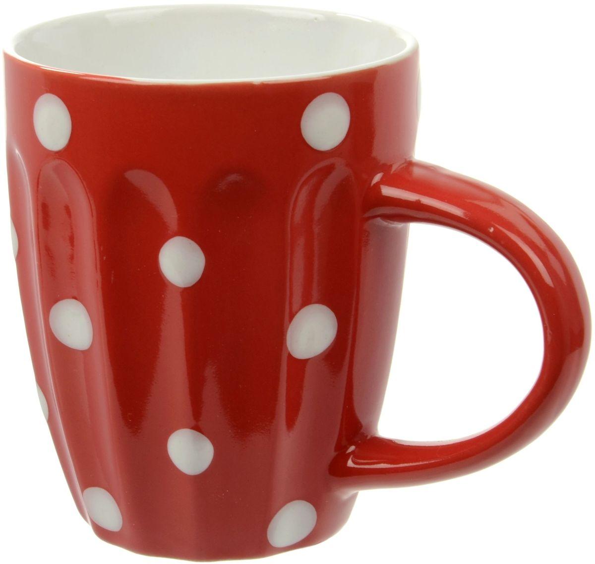 Кружка Elff Decor Горошек, цвет: красный, 330 мл1600-9977Кружка из коллекции Breakfast - это оригинальная керамическая посуда, идеальна подойдет для завтрака. Начинайте свой день с нашей яркой посуды, бодрого вам утра!