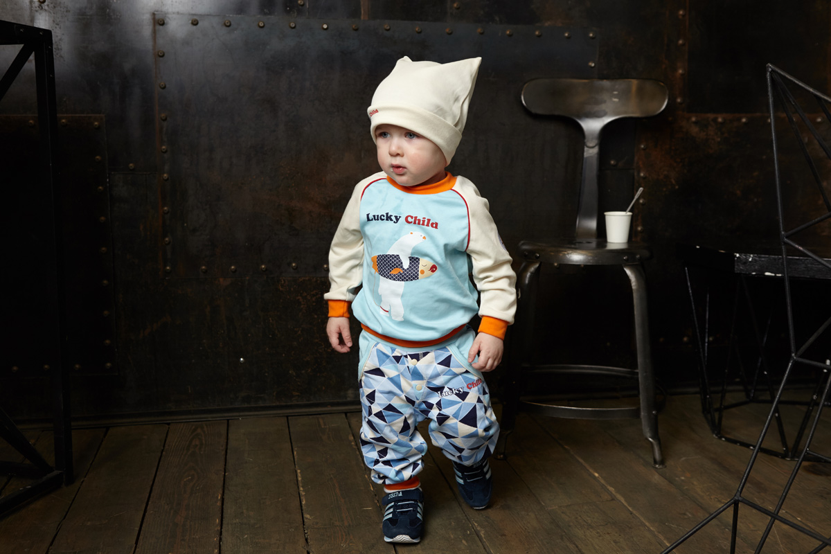 Шапочка для мальчика Lucky Child, цвет: молочный. 32-9ф. Размер 47 пижамы lucky child пижама