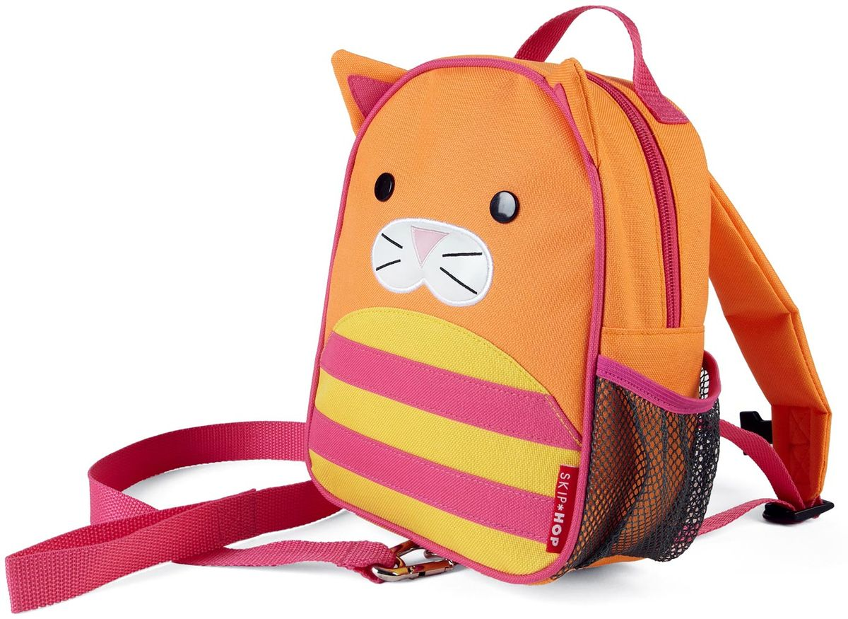 Skip Hop Рюкзак дошкольный Кошка с поводкомSH 212257Дошкольный рюкзак Skip Hop, выполненный в виде кошки, поможет сделать первые шаги, подстрахует малыша в ответственный момент, огородит родителей от лишних волнений и беспокойств с помощью поводка для детской безопасности. При необходимости поводок можно отстегнуть.Милая мордашка животного всегда будет поднимать настроение, а вместительный кармашек позволит носить с собой необходимые вещи: пакетик с соком, любимые игрушки и блокноты для рисования.Рюкзак имеет одно отделение на застежке-молнии, в котором находится бирка для имени.