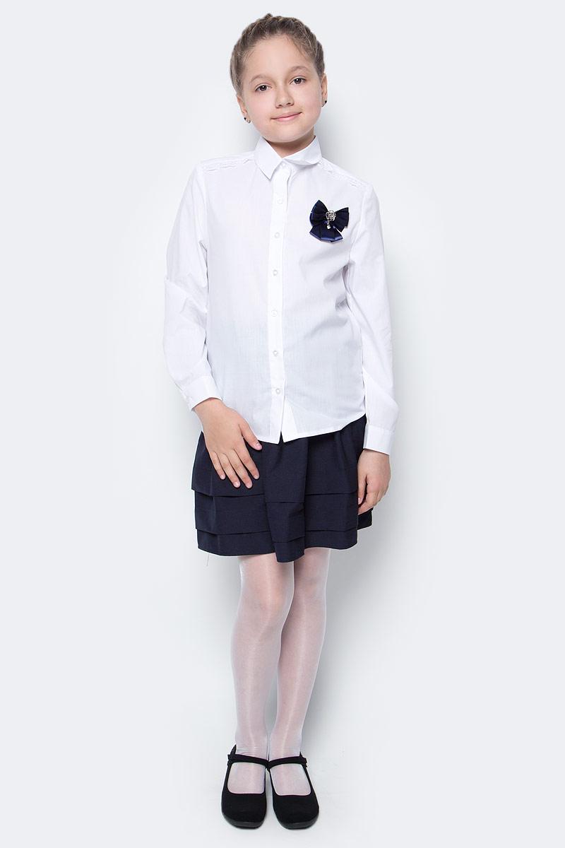 Рубашка для девочки Nota Bene, цвет: белый. CWR27023A01. Размер 122CWR27023B01/CWR27023A01Стильная рубашка для девочки от Nota Bene выполнена из хлопка и полиэстера. Модель с отложным воротником и длинными рукавами застегивается на пуговицы по всей длине. Манжеты рукавов оснащены застежками-пуговицами.