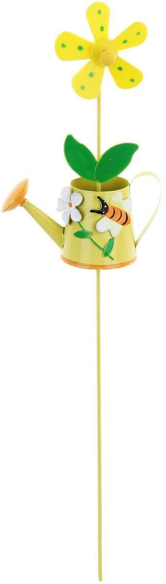 Украшение декоративное садовое Лейка, с вертушкой, цвет: желтый, зеленый, 8 х 32 см1262125Летом практически каждая семья стремится проводить больше времени за городом. Прекрасный выбор для комфортного отдыха и эффективного труда на даче, который будет радовать вас достойным качеством.