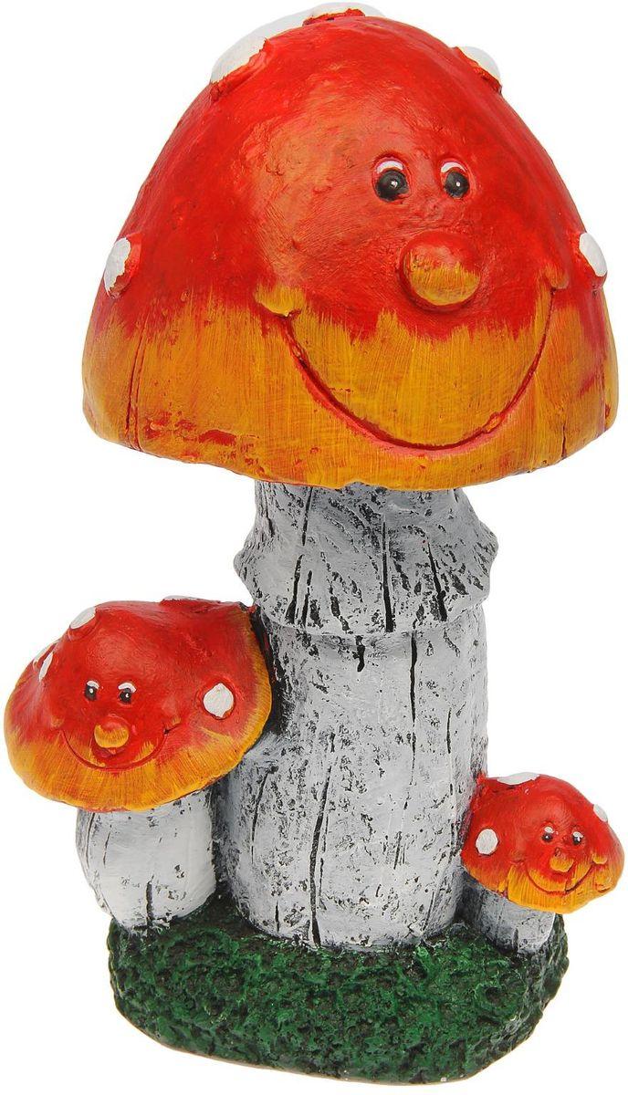 Фигура садовая Premium Gips Мухомор, 14 х 17 х 30 см1445297Садовая фигурка Мухомор станет прекрасным подарком заядлому садоводу. Такой декор будет гармонично смотреться в огородах и на участках с обилием зелени.Расположите грибочек под деревом или в траве и приятно удивите прогуливающихся в саду гостей.