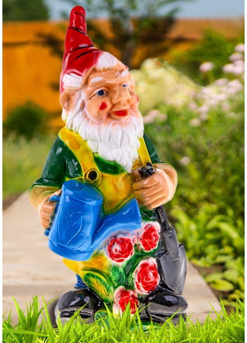 Фигура садовая Гном с лейкой, цвет: желтый, 76 х 39 х 32 см628329