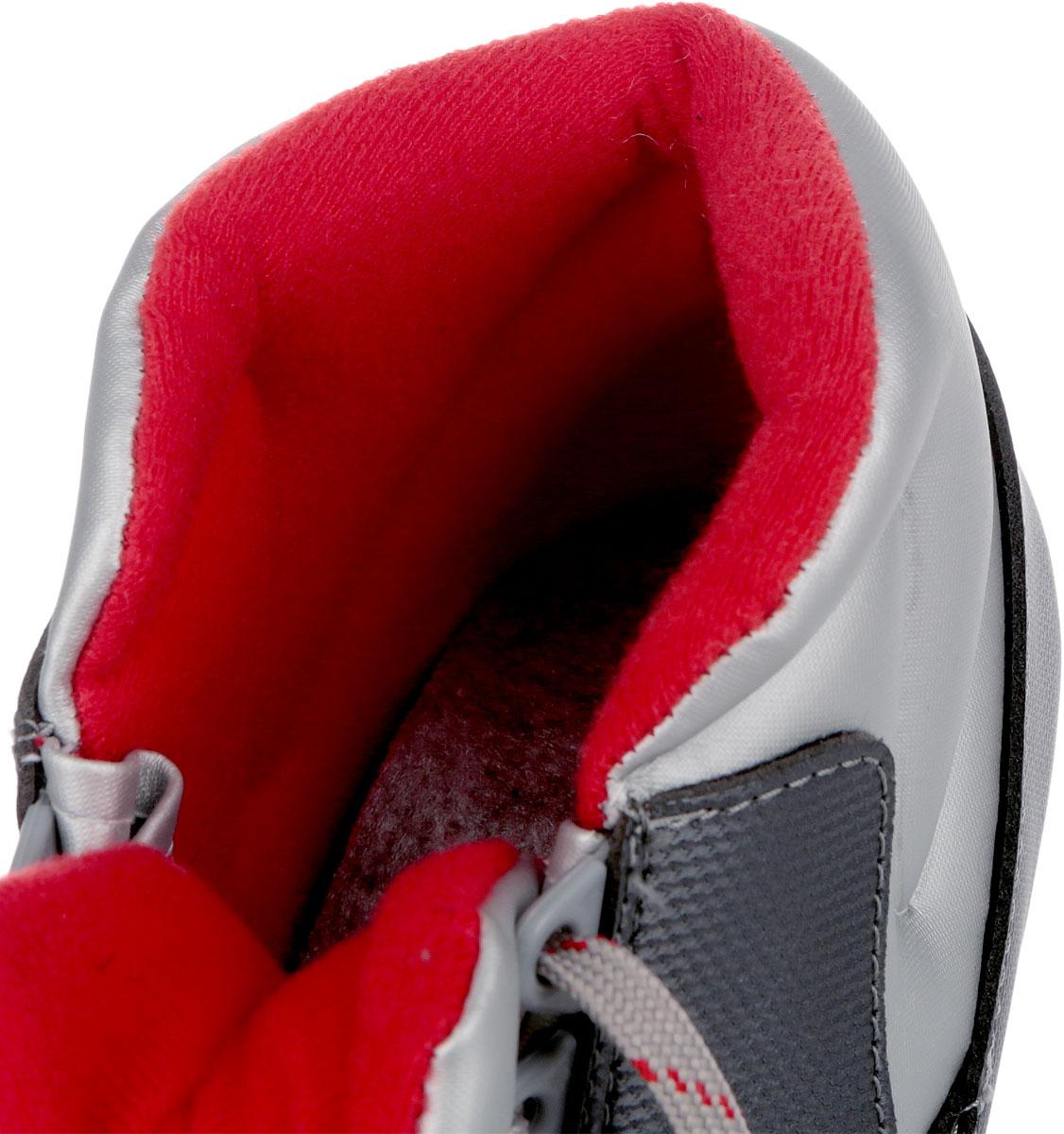 Ботинки лыжные Karjala, цвет:  темно-серый, серебристый, красный.  Country 75.  Размер 41 Karjala (Карелия)