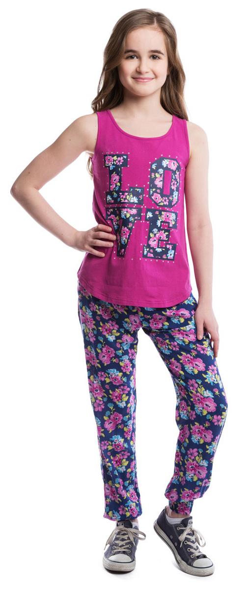 Брюки для девочки Scool, цвет: синий, розовый. 264004. Размер 140264004Легкие и воздушные брюки из вискозы в стиле принцессы Жасмин со стильным цветочным принтом. На талии изделие дополнено вшитой широкой резинкой и затягивающимся шнурком, имеются два глубоких втачных кармана. Низ брючин оформлен вшитой резинкой.