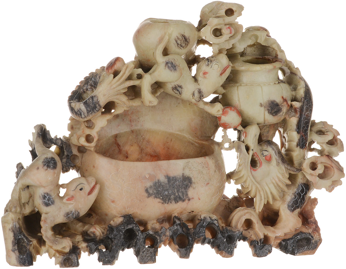 Статуэтка Композиция с драконом. Мыльный камень, резьба. Китай, середина ХХ века статуэтка русские подарки африканка 11 х 10 х 53 см