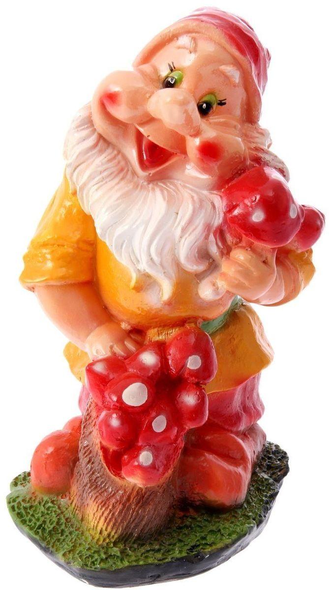 Фигура садовая Гном с грибами, 13 х 21 х 39 см1063577