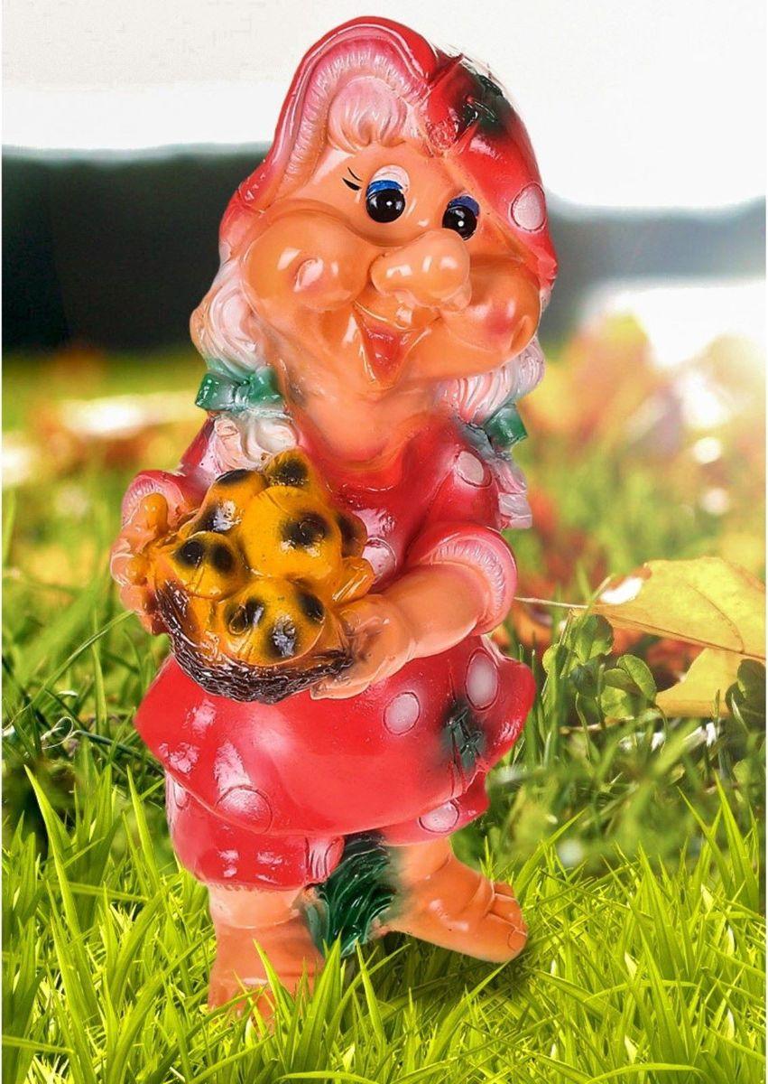 Фигура садовая Гномиха с корзинкой грибов, 15 х 22 х 50 см1065347