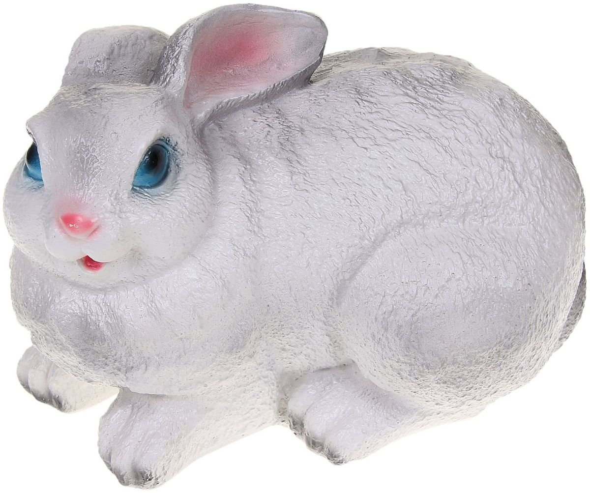 Фигура садовая Premium Gips Сидящий зайчик, цвет: белый, серый, 18 х 30 х 18 см1067169