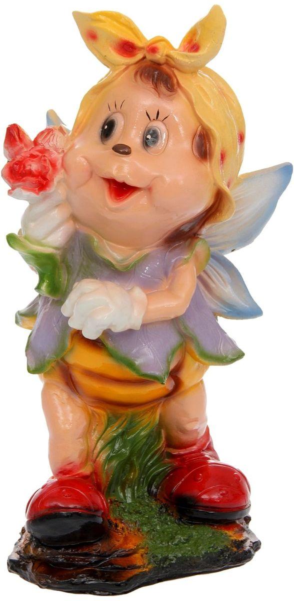 Фигура садовая Девочка-пчелка с цветком, 27 х 23 х 51 см фигура садовая девочка клубничка 25 х 30 х 55 см