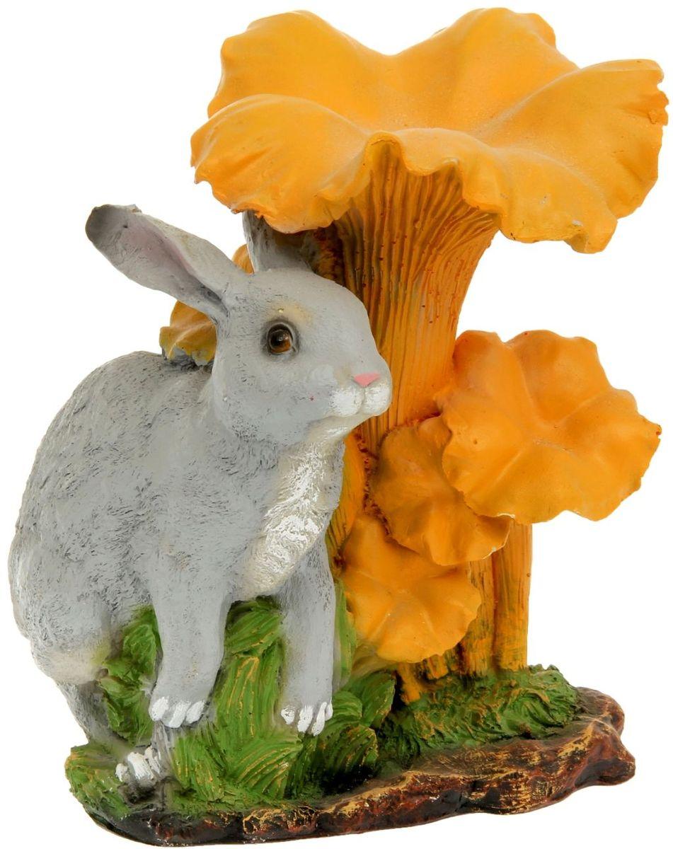 Фигура садовая Гриб лисичка с зайчиком, 27 х 28 х 34 см