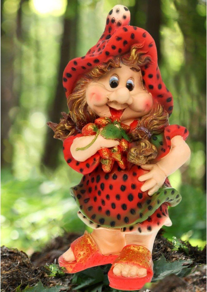 Фигура садовая Девочка-клубничка, 25 х 30 х 55 см фигура садовая девочка клубничка 25 х 30 х 55 см