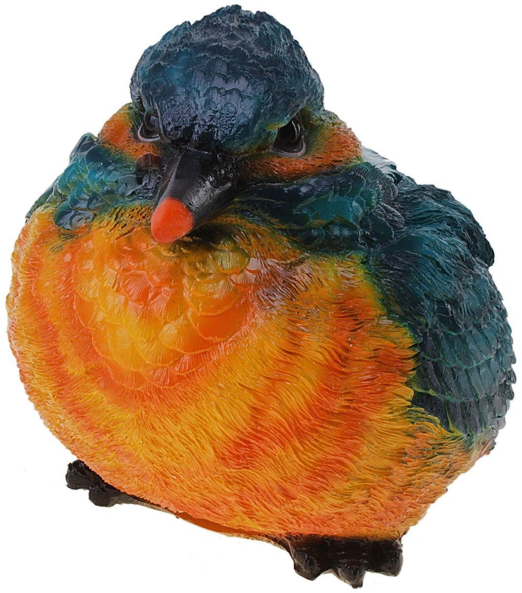 Фигура садовая Птица с оранжевой грудкой, 8 х 18 х 6 см631947Забавная птичка придаст садовому участку уют и оригинальность. Проявите себя в роли ландшафтного дизайнера. Расставляйте акценты с помощью садового декора: например, чтобы привлечь внимание к клумбе, поставьте фигуру рядом с ней, а чтобы приманить взор к водоему, располагайте голубков поближе к воде. Фигуры из гипса отличаются легкостью, экологичность и долгим сроком службы. При должном уходе они будут выглядеть как новые не один сезон. Сделайте садовый участок оригинальным.