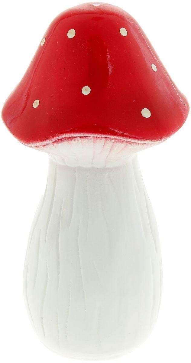 Фигура садовая Керамика ручной работы Гриб мухомор, 12 х 12 х 22 см835463Фигура садовая Керамика ручной работы Гриб мухомор выполнена из керамики. Внешняя поверхность покрыта глазурью. Очаровательный гриб украсит сад. Расположите гриб под деревом или в траве и приятно удивите прогуливающихся гостей. Симпатичная фигурка станет прекрасным подарком заядлому садоводу. Такой декор будет гармонично смотреться в огородах и на участках с обилием зелени. Дополните пространство сада интересной деталью. Садовая фигура из керамики подойдёт для уличных условий. Этому экологичному материалу не страшны ни влага, ни ультрафиолет, ни перепады температуры.