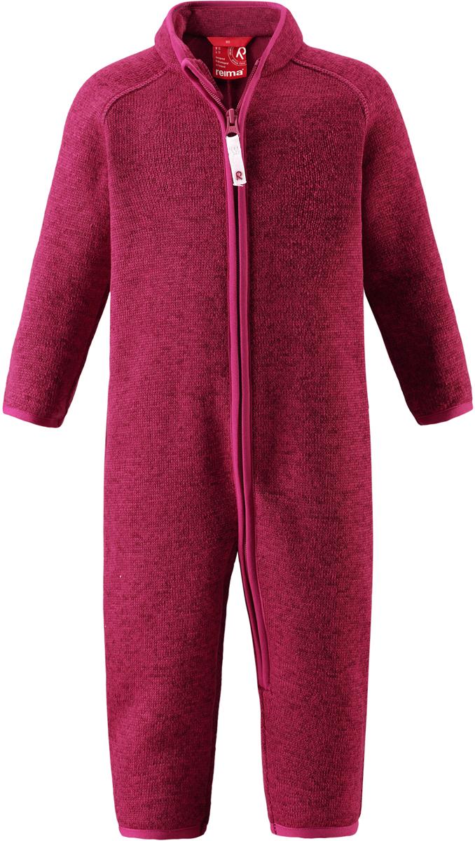 Комбинезон флисовый детский Reima Tahti, цвет: фуксия. 5163203560. Размер 805163203560Легкий и мягкий флисовый комбинезон, поддетый под верхнюю одежду, согреет малышей в морозные зимние дни, но при этом его можно носить и в помещении! Этот флисовый комбинезон для малышей снабжен молнией во всю длину, чтобы облегчить процесс надевания, и защитой для подбородка, которая не даст поцарапать шею и подбородок. Он сшит из мягкого и очень популярного меланжевого вязаного флиса, который объединил в себе стильный вязаный дизайн и все преимущества флиса: теплый и приятный на ощупь флис быстро сохнет, выводя влагу в верхние слои одежды – идеальный выбор для активных прогулок и веселых приключений на свежем воздухе!