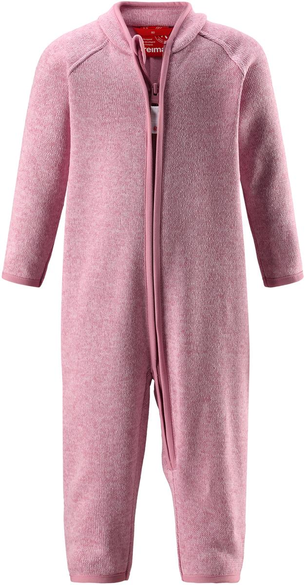 Комбинезон флисовый детский Reima Tahti, цвет: светло-розовый. 5163204320. Размер 745163204320Легкий и мягкий флисовый комбинезон, поддетый под верхнюю одежду, согреет малышей в морозные зимние дни, но при этом его можно носить и в помещении! Этот флисовый комбинезон для малышей снабжен молнией во всю длину, чтобы облегчить процесс надевания, и защитой для подбородка, которая не даст поцарапать шею и подбородок. Он сшит из мягкого и очень популярного меланжевого вязаного флиса, который объединил в себе стильный вязаный дизайн и все преимущества флиса: теплый и приятный на ощупь флис быстро сохнет, выводя влагу в верхние слои одежды – идеальный выбор для активных прогулок и веселых приключений на свежем воздухе!