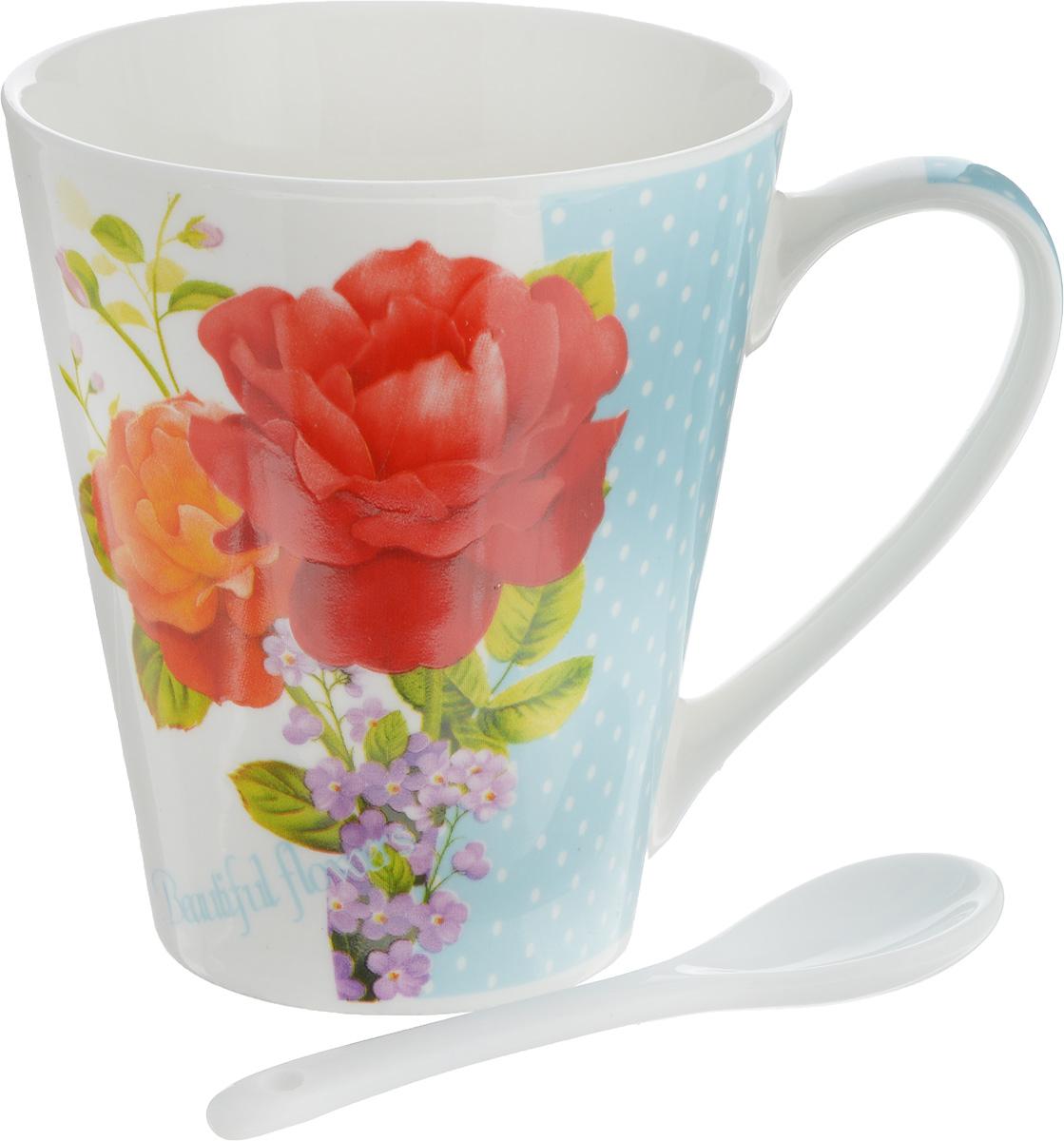 Кружка Доляна Садовые цветы. Розы, с ложкой, 300 мл103070_розыКружка Доляна Садовые цветы. Розы изготовлена из высококачественной керамики. Изделие оформлено красочным рисунком и покрыто превосходной сверкающей глазурью. Изысканная кружка прекрасно оформит стол к чаепитию и станет его неизменным атрибутом.В комплект входит чайная ложка.Диаметр кружки (по верхнему краю): 8,5 см.Высота кружки: 10 см.Длина ложки: 10 см.Размер рабочей части ложки: 4 х 2,5 см.