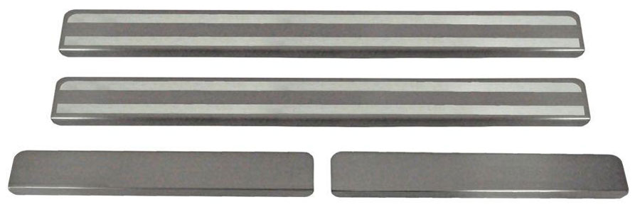 Накладки на пороги Автоброня, для Volkswagen Polo 2015-, 4 шт. NPVWPOL013NPVWPOL013Накладки на пороги Автоброня создают индивидуальный интерьер автомобиля и защищают лакокрасочное покрытие от механических повреждений.Особенности:- Использование высококачественной итальянской нержавеющей стали AISI 304 (толщина 0,5 мм).- Надежная фиксация на автомобиле с помощью скотча 3М серии VHB.- Устойчивое к истиранию изображение на накладках нанесено методом абразивной полировки.- Идеально повторяют геометрию порогов автомобиля.- Легкая и быстрая установка.В комплект входят 4 накладки (2 передние и 2 задние).