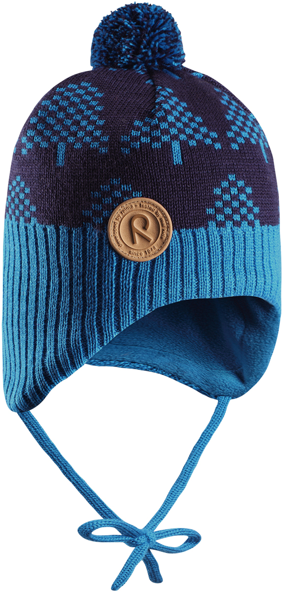 Шапка-бини детская Reima Yllas, цвет: синий. 5184306490. Размер 485184306490Шерстяная шапка для малышей Reima с чудесным рисунком надежно согреет в холодный зимний день. Эта шапка для малышей из мериносовой шерсти подарит уют в морозную погоду: мягкая флисовая подкладка обеспечит ребенку тепло и комфорт. За счет эластичной вязки шапка отлично сидит, а ветронепроницаемые вставки в области ушей защищают ушки от холодного ветра. Благодаря завязкам, эта стильная шапка не съезжает и хорошо защищает голову. Маленький помпон на макушке довершает образ.